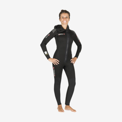 Product overview - Rover Overall with Hood - 5mm - She Dives